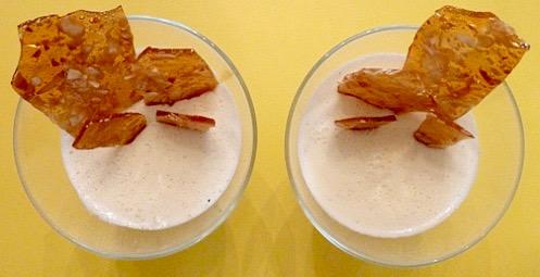 panna-cotta-mit-karamelisierten-mandelsplitter