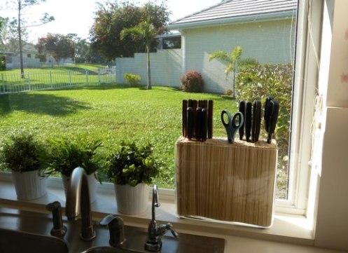 messerblock nr 2 ein eigenwilliger blumenstrauss lillyson. Black Bedroom Furniture Sets. Home Design Ideas