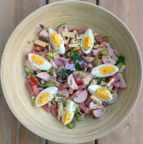 Wurst-Kaese-Salat