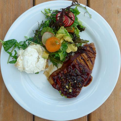 Thunfischsteak_Salat